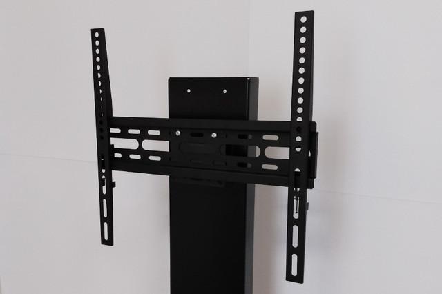 Монтаж ТВ-панели выполняется без сверления стен, легко и быстро.