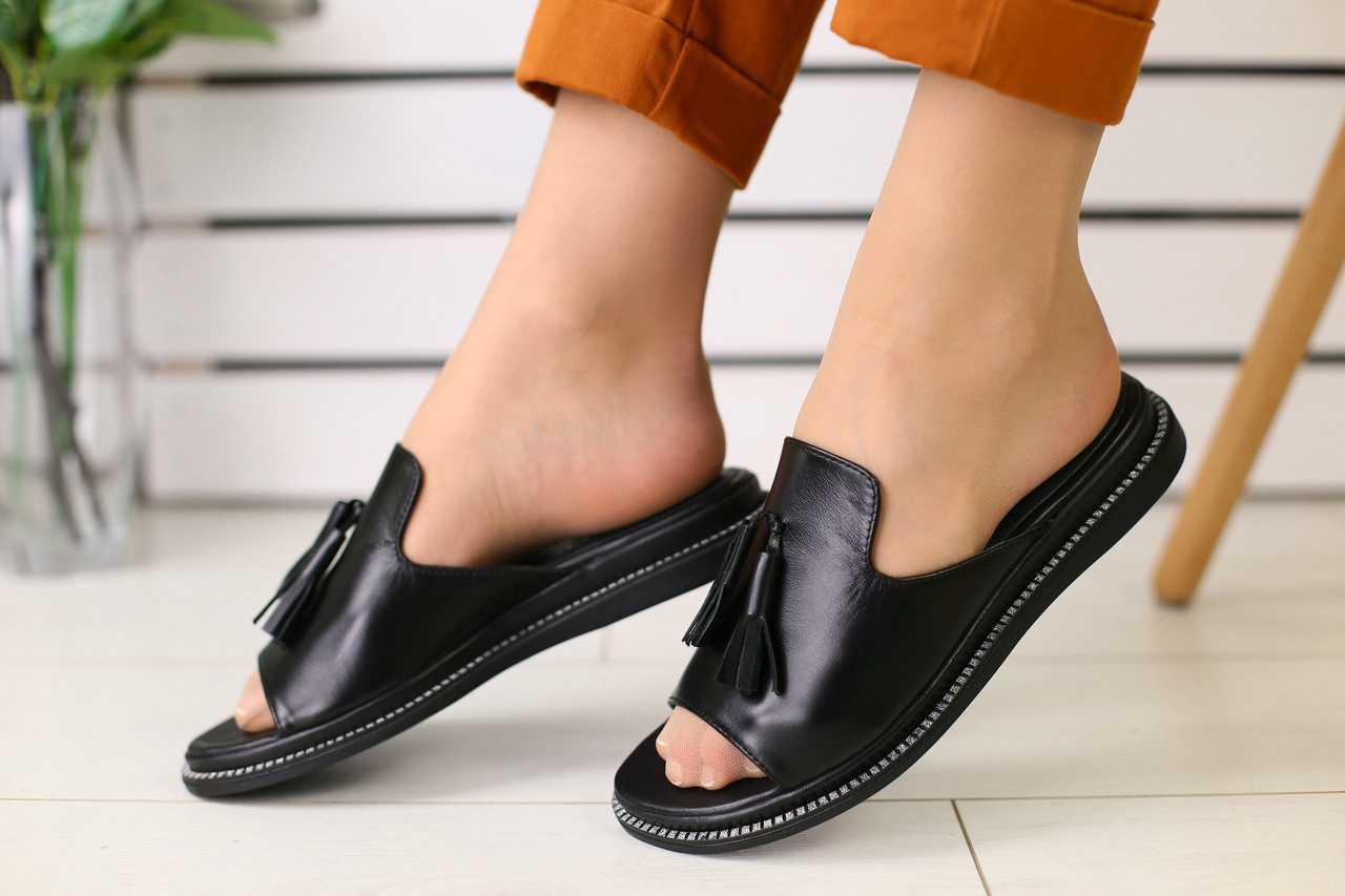 Шлепанцы женские кожаные легкие повседневные в черном цвете, ТОП-реплика