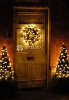 Новогодняя флористика, хвойные венки с декором, украшение еловыми гирляндами с элегантным декором
