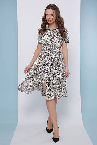 Модное платье-рубашка средней длины с короткими рукавами в леопардовый принт, фото 2