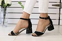 Замшевые женские босоножки на устойчивом удобном каблуке (черные), фото 1