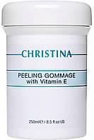 Пилинг-гоммаж Christina с витамином Е для всех типов кожи 250 мл