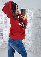 Теплый красный худи на флисе с полосами на рукавах