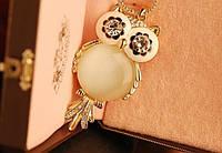 """Модная подвеска украшение """"Сова"""", оформление кристаллы и лунный камень"""