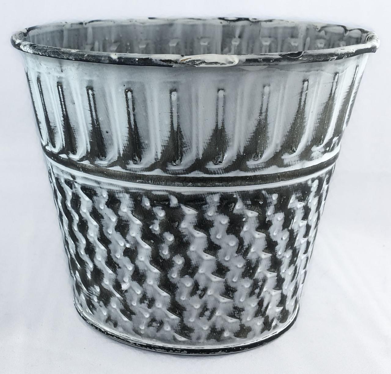 Декоративное кашпо из метала 9,5 х 12 см