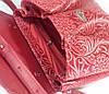 552 Натуральная кожа, Сумка женская, красная с тиснением флора Кожаная сумка на поворотном замке, фото 4