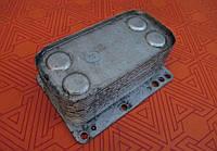 Масляный холодильник б.у для Nissan Primastar 2.0 dci. Масляный радиатор Ниссан Примастар 2,0 dci.