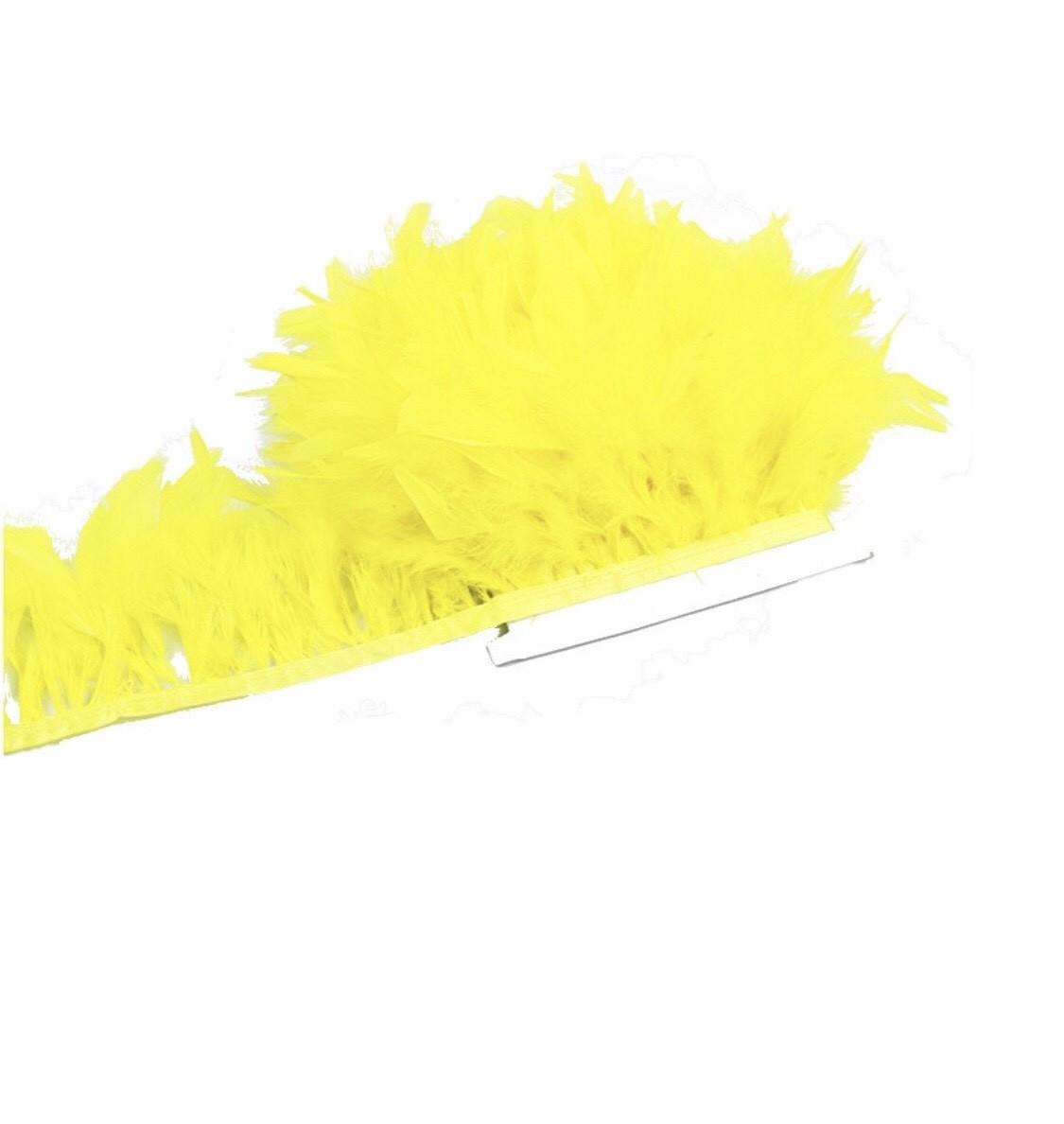 Перьевая тесьма из перьев индюка на атласной ленте .Цена за 0,5м