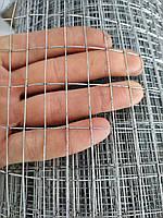 Металлическая сетка сварная 25х12 мм ячейка / 1х25 м рулон Ø 0,9 мм сечение проволоки