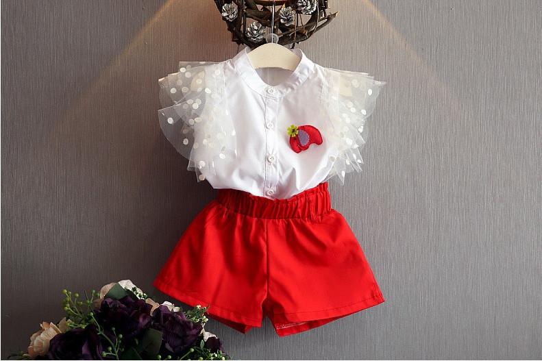 Нарядный летний костюм  на девочку блуза+шорты 2-6 лет бело-красный
