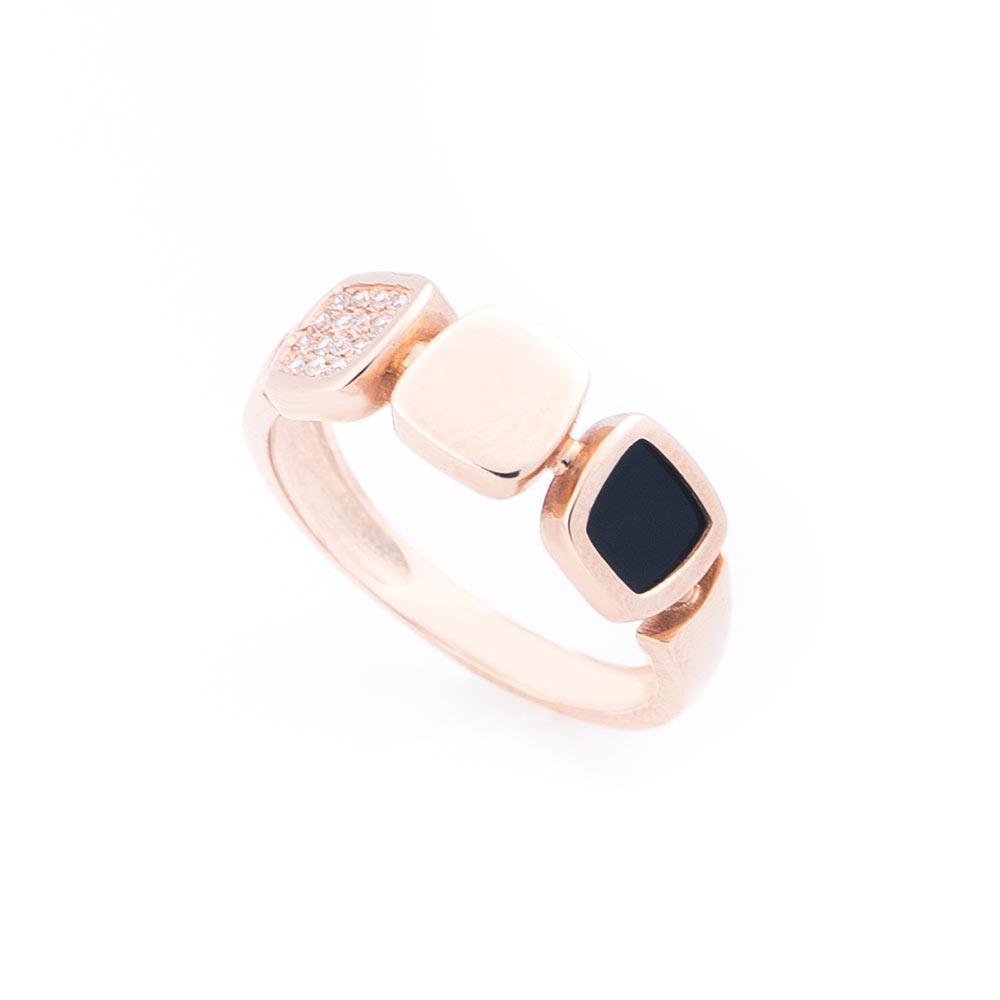 Золотое кольцо с фианитами и ониксом гк452