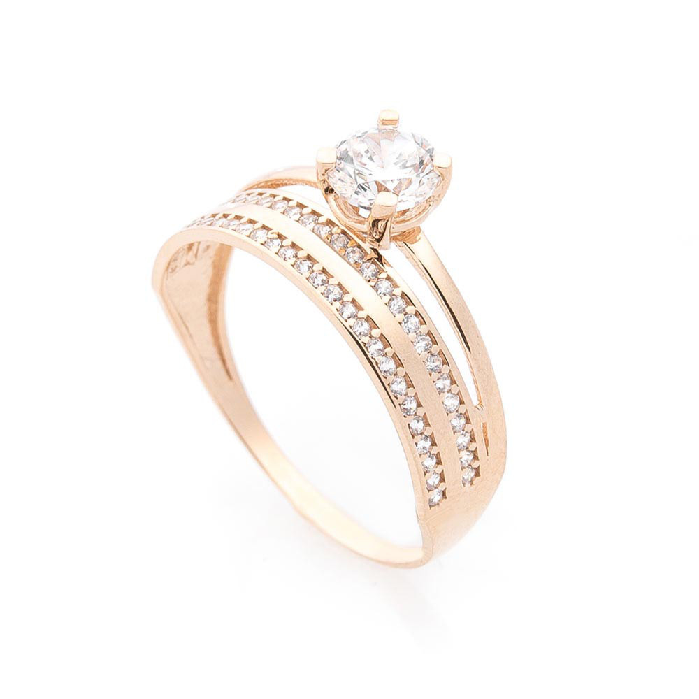 Золотое кольцо с фианитами гк05747