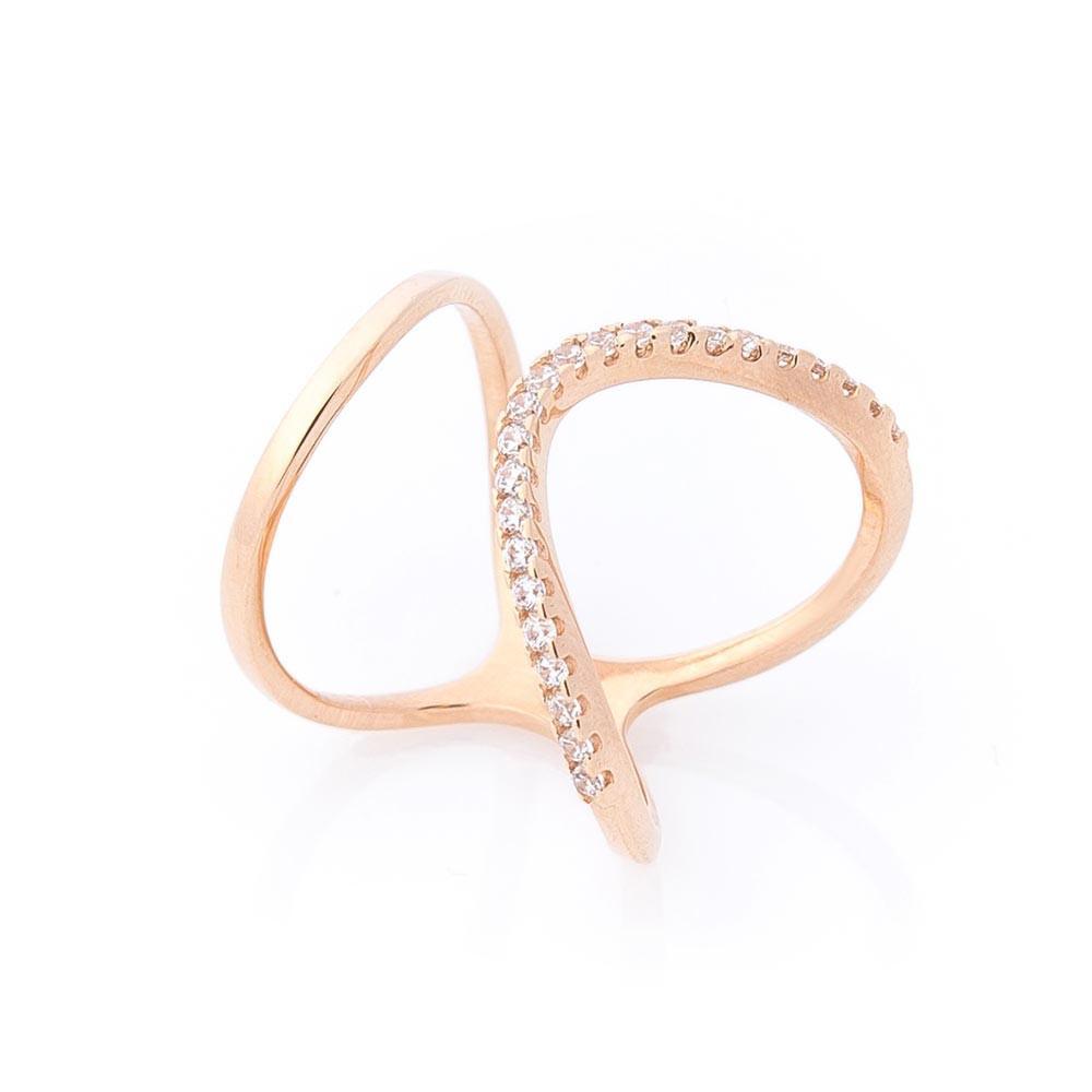 Золотое кольцо с фианитами гк760444