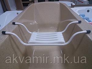 Сиденье для ванной с пластиковой накладкой