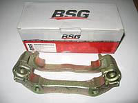 Скоба суппорта BSG 30255001 новая R14 на Ford Transit год 1991-2000