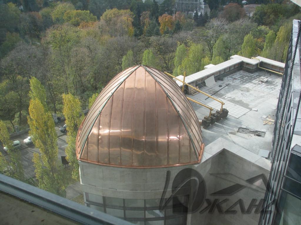 """Отель """"Hilton"""" по адресу г. Киев, буль. Т. Шевченко. Медные купола на главном фасаде 7"""