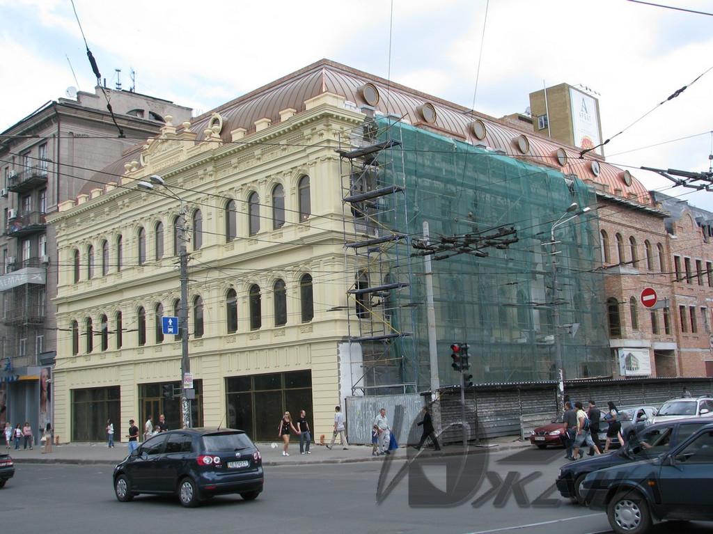 """Торговый центр """"Library""""  в г. Днепропетровске, ул. Московская, 1. Медная кровля. 3"""