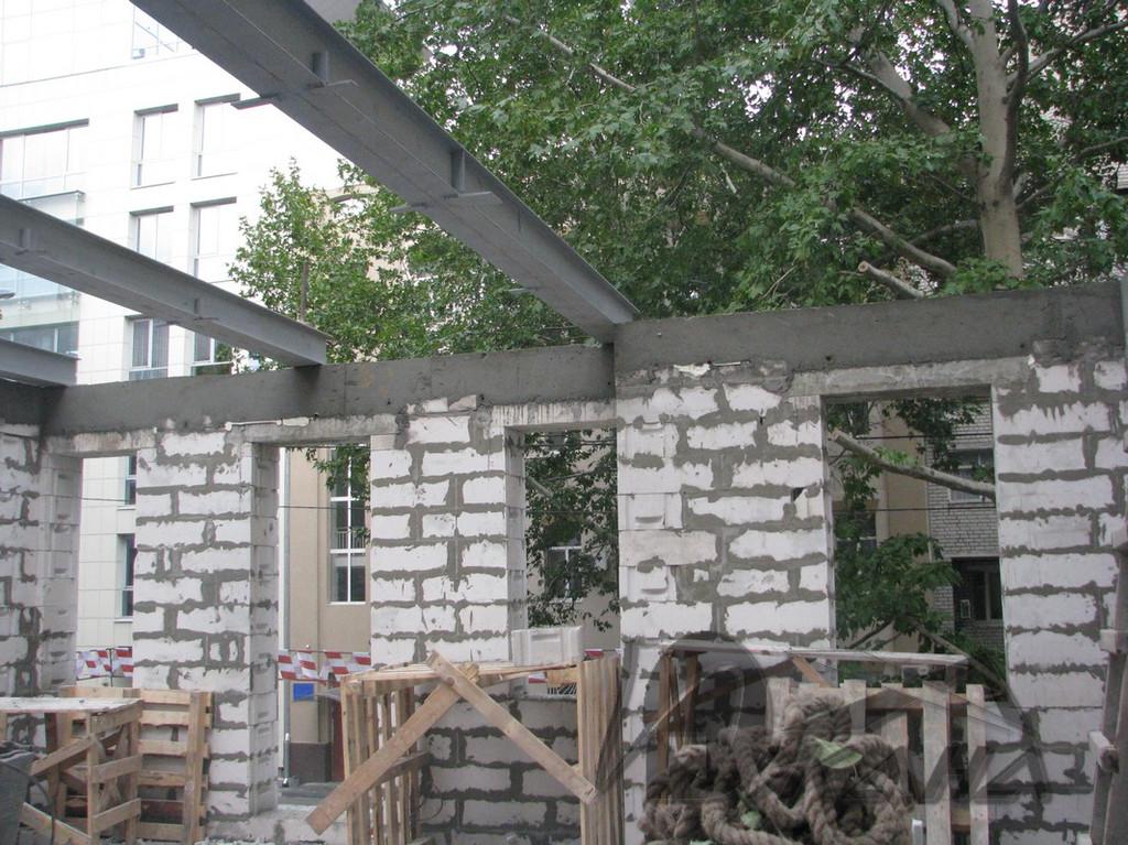 Частный дом в г. Днепропетровск по ул. Мечникова, 5. Фальцевая кровля из меди. 2