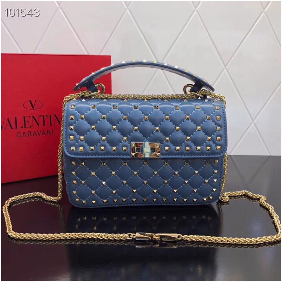 Сумка, клатч от Валентино Rockstud 23 и 30 см кожаная реплика в синем