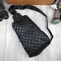 Хайповая сумка бананка Louis Vuitton LV черная натуральная кожа мужской слинг Луи Виттон качественная реплика