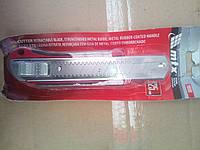 Нож строительный металлический 25мм Maxtool