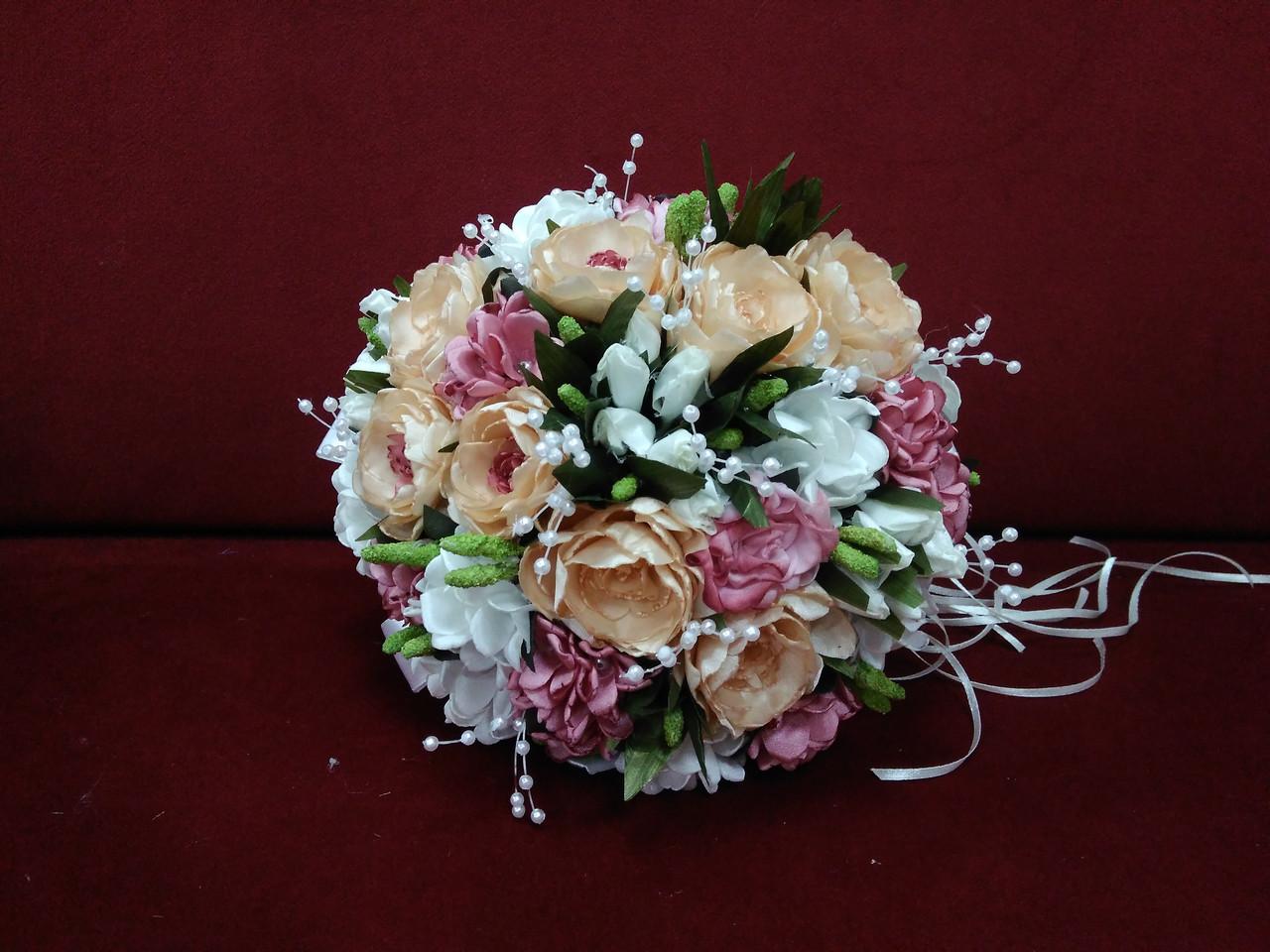 Свадебный букет-дублер из пионов персиковый с розовым