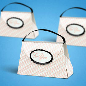 Бонбоньєрка на весілля у вигляді сумочки