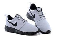 Женские кроссовки Nike Roshe Run Oreo Белые