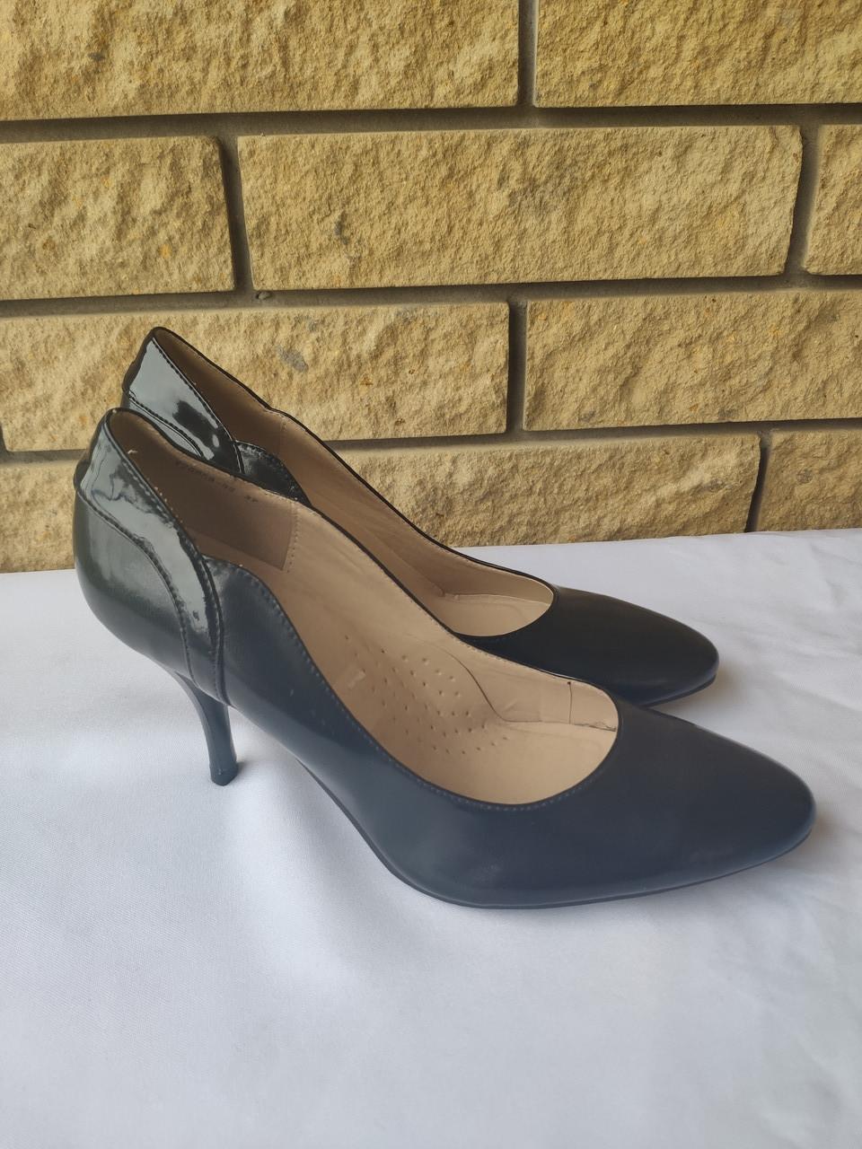 Туфли женские на каблуке LUBAVA