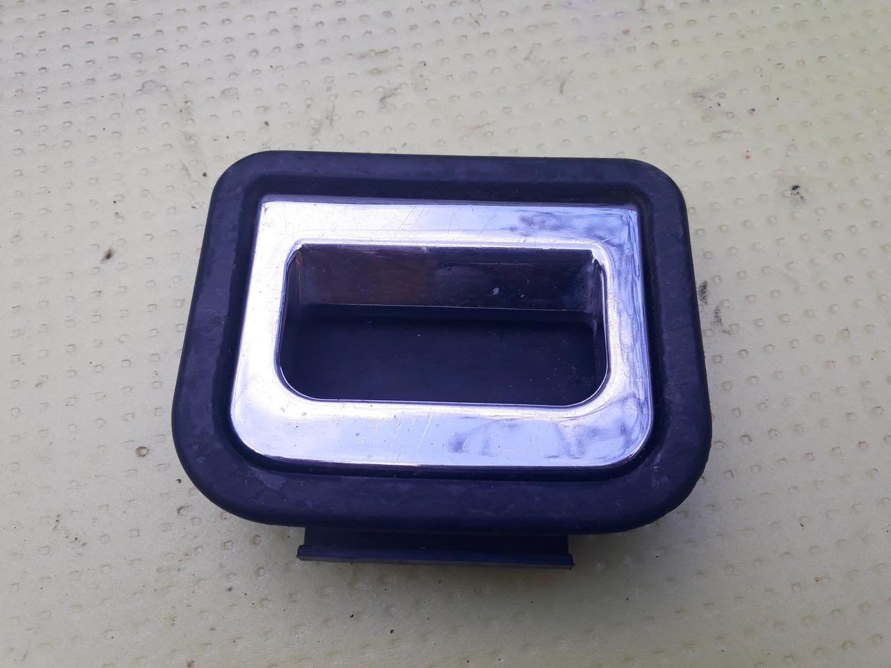 Ручка пола багажника ауди а6 с5 audi a6 c5 4B9887183