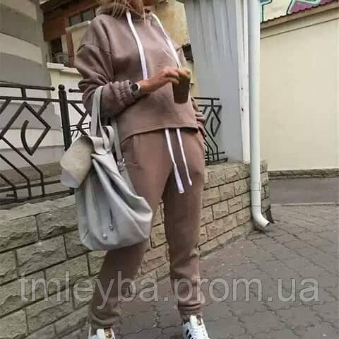 Женский спортивный костюм от Old School