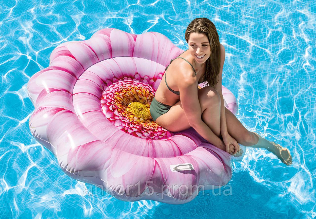Пляжний надувний матрац - пліт Intex 58787 Рожева Квітка (142 х 142 см)