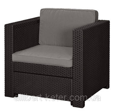 Комфортне садове крісло зі штучного ротангу  PROVENCE ARMCHAIR темно-коричневий (Keter)