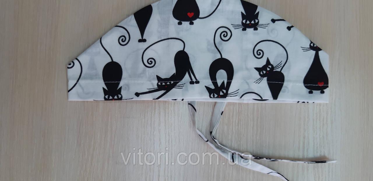 Шапочка медична жіноча Чорні коти на зав'язці