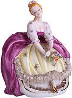 Статуэтка Девушка в реверансе