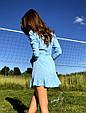 Платье мини с воланами на запах голубое в белый горох, фото 3