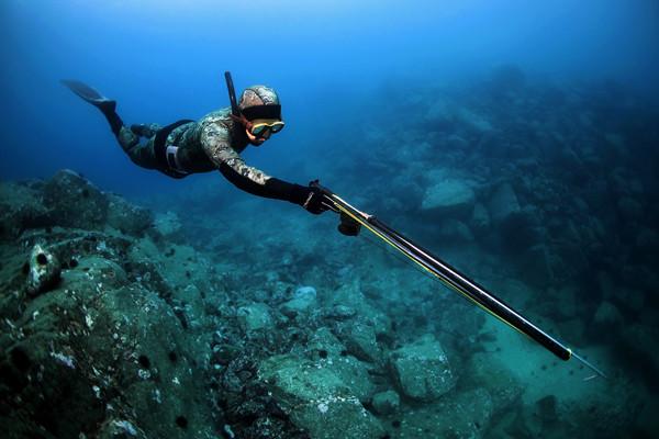 Фонари подводные для дайвинга и подводной охоты