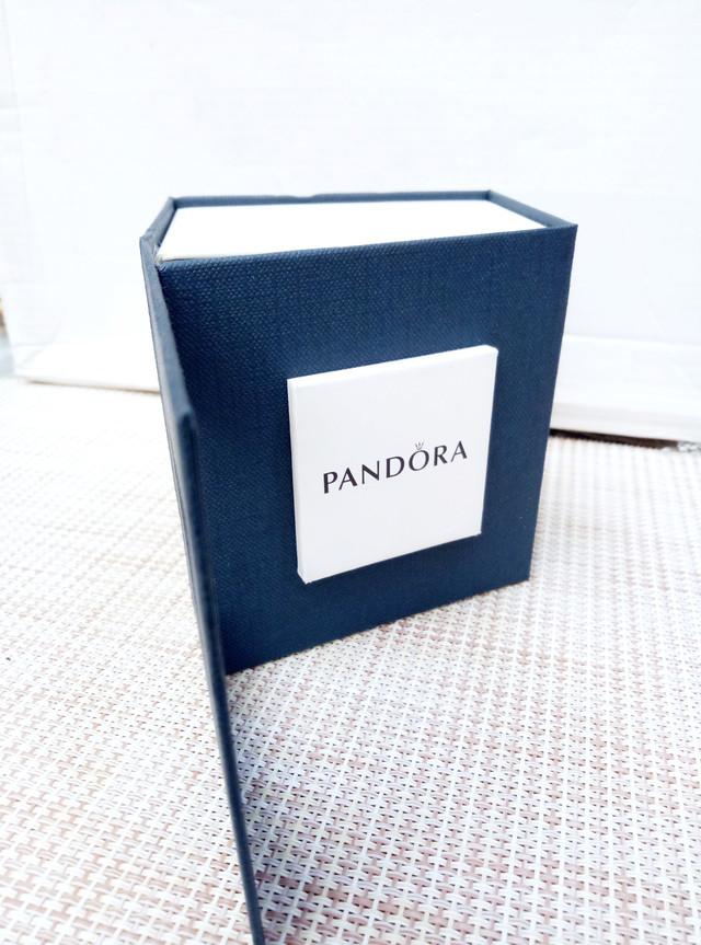 Упаковочная коробка для часов