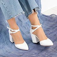 Туфли женские  с перекрестными ремешками белые, фото 1