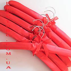 Плечики вешалки тремпеля мягкие атласные (тканевые) для деликатных вещей в гардероб, шкаф красные 6 шт