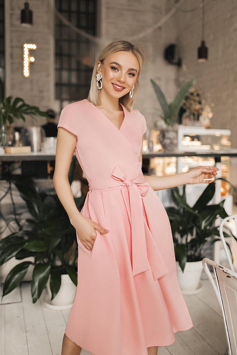 Женское платье на запах Персиковый