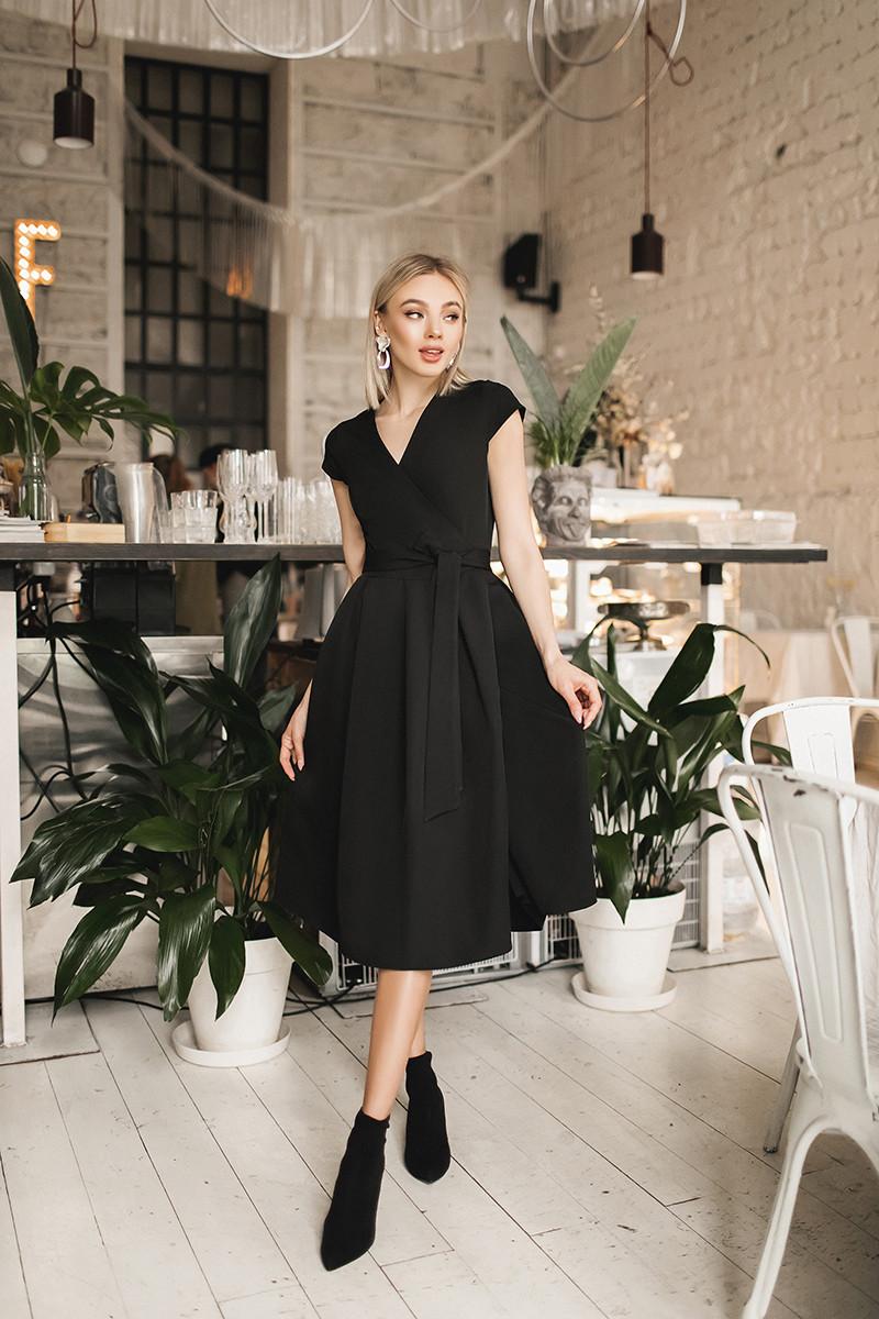 Женское платье на запах Черный