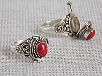 Серебряное открывающееся кольцо 17,5 размера c секретом Poison с кораллом.   Балийское серебро