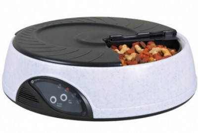 Автоматическая кормушка для собак и кошек Trixie (Трикси), круглая 4/500 мл