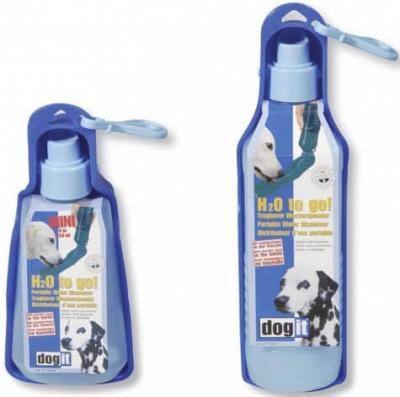Поилка дорожная для собак на улице Hagen H2O пластик, 750 мл