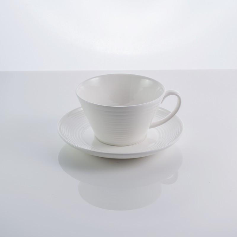 """Чашка с блюдцем """"In wave"""" фарфор, 200 мл белая фарфоровая чашка"""