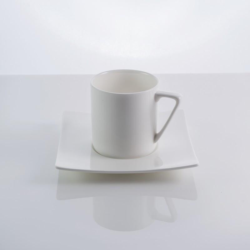 """Чашка с блюдцем фарфоровая """"Aoue"""" 200 мл фарфор"""
