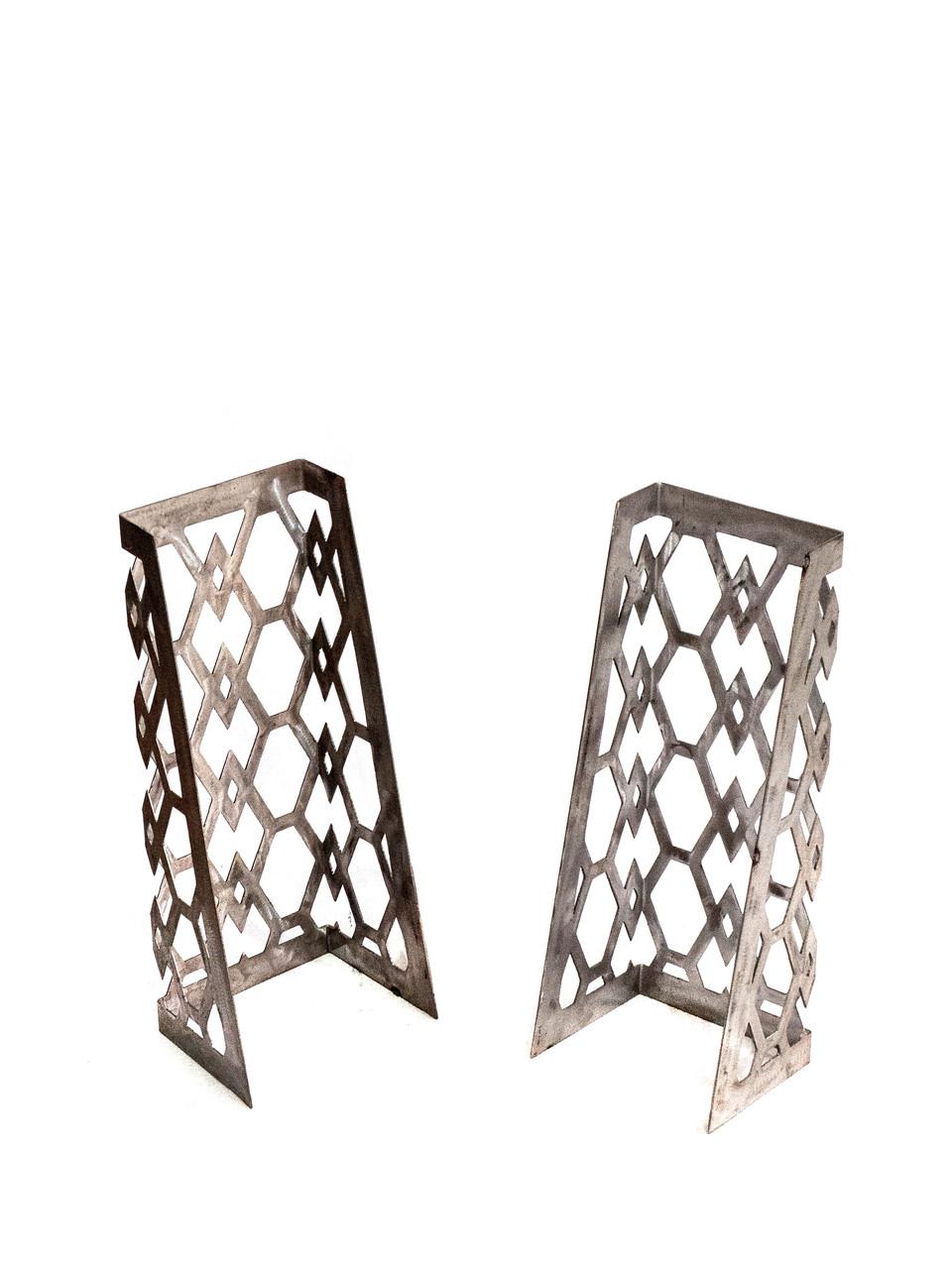 Резные ножки для столов/полок.