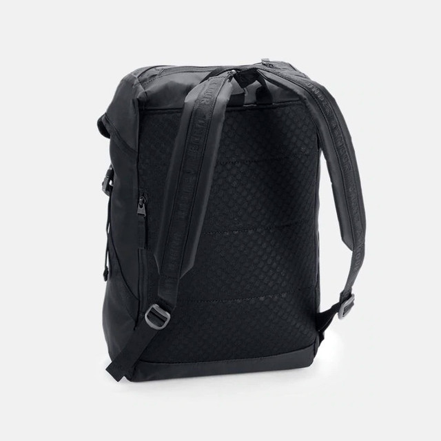 Женский рюкзак Under Armour Beltway Backpack