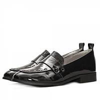 Стильные  женские туфли из натуральной лаковой кожи черного цвета, на низком каблуке.